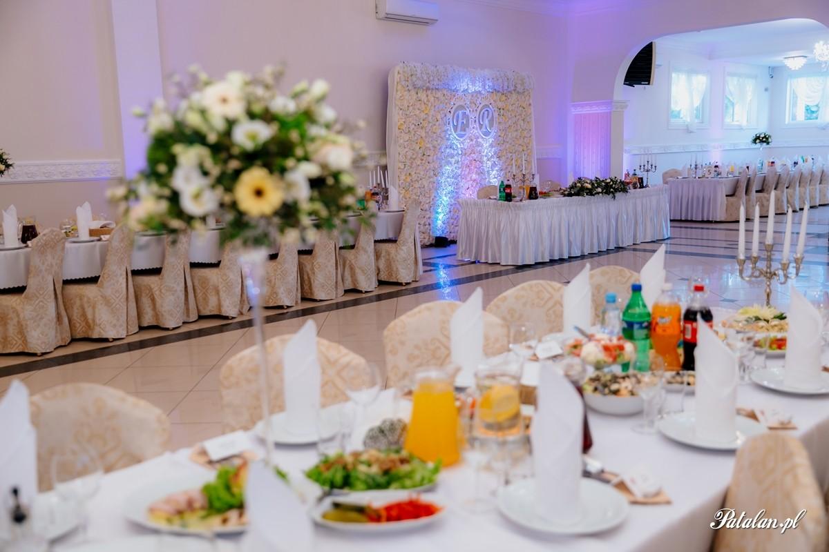 dekoracja sali weselenj, sala łapińscy, fotograf ślubny zambrów, fotograf zambrow, fotografia slubna lomza 049